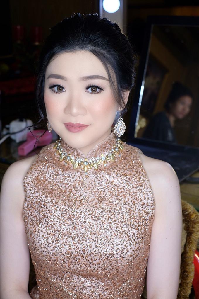 Makeup & Hairdo Engagement for Ms. Inge Hiunata by makeupbyyobel - 010