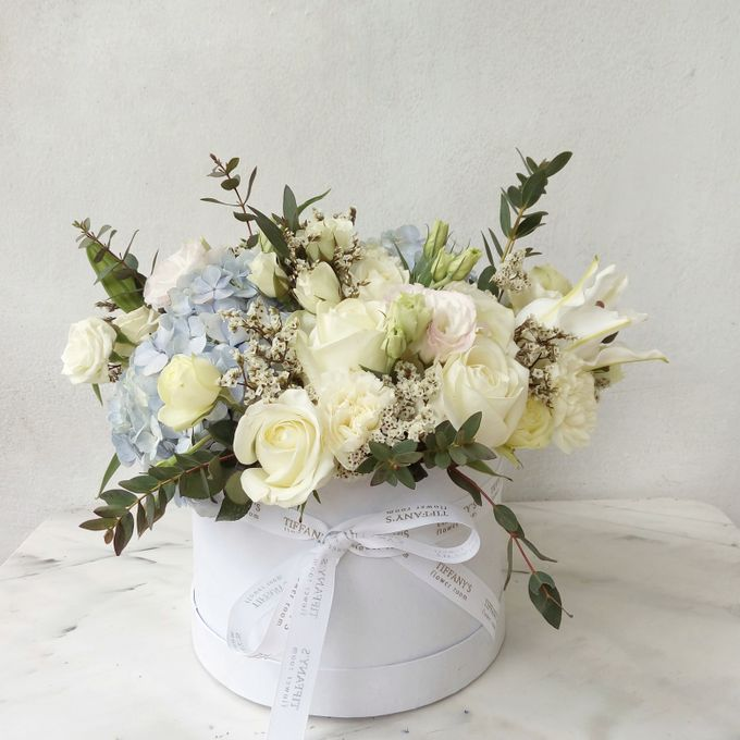Vase Arrangement by Tiffany's Flower Room - 003