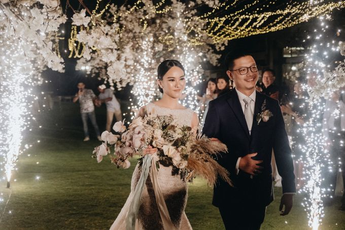 Yansen & Rika Ethereal Bali Wedding by Casabono Wedding - 038
