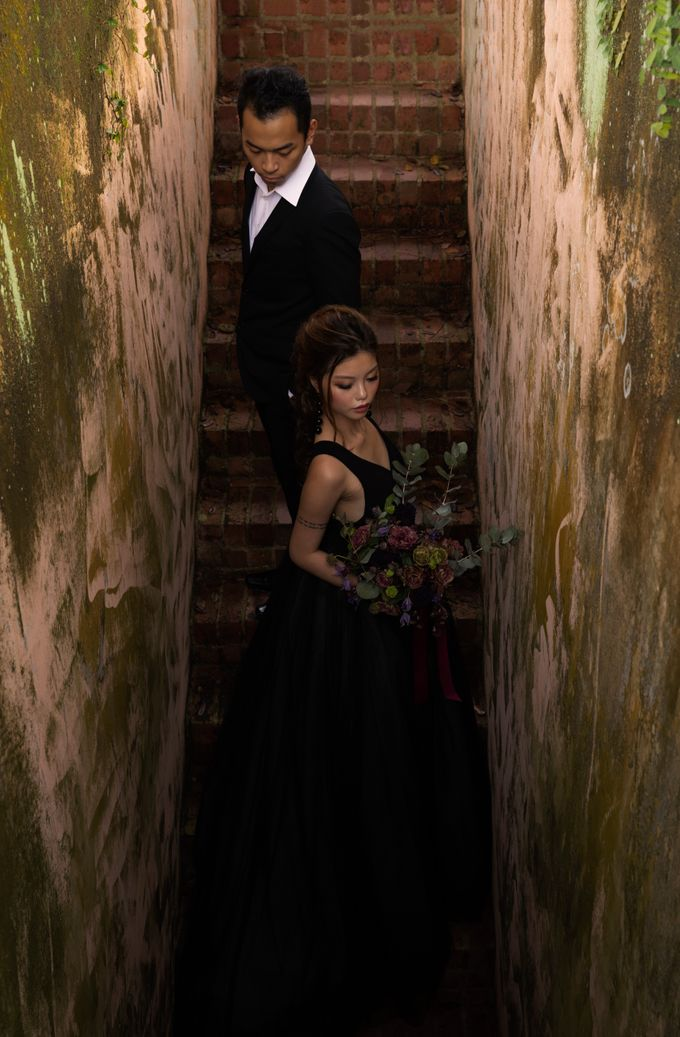 Black Romantic Bohemian Modern Chic Bridal Style Shoot - Danny and Daphne by Sylvia Koh Makeup and Hairstyling - 014