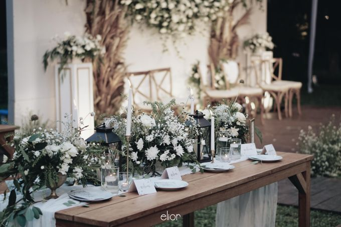 Intimate Wedding with Neon Accent for Yoga & Widya by Elior Design - 023