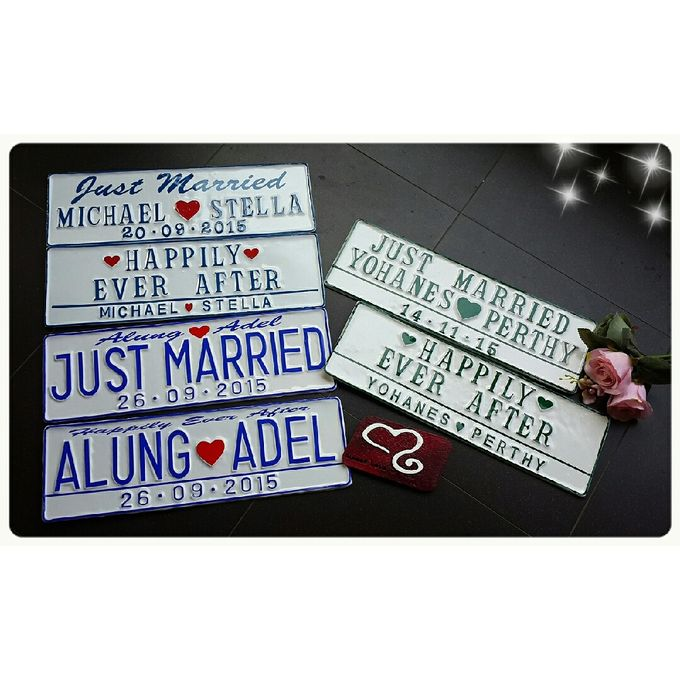 Wedding Car Plate by Sweetlovecollection - 033