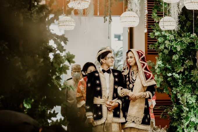 Zanita & Ugrasena Wedding Reception at The Allwynn by AKSA Creative - 012