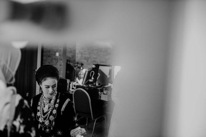 Zanita & Ugrasena Wedding Reception at The Allwynn by AKSA Creative - 014