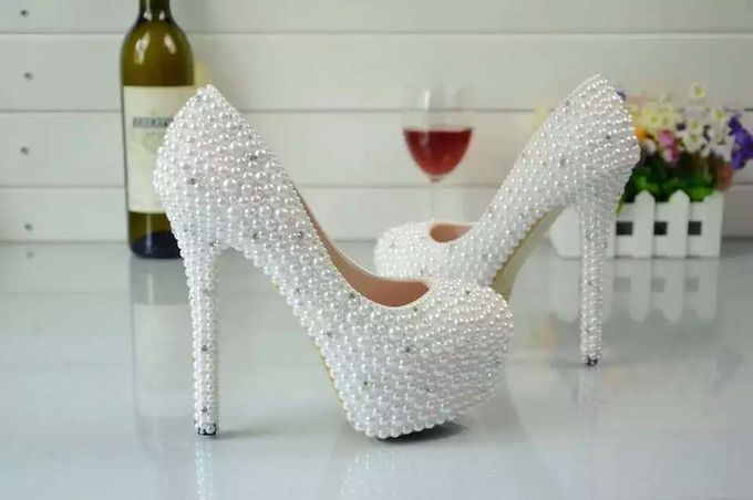 WEDDING SHOES by TIANXI TRADING PTE LTD - 010
