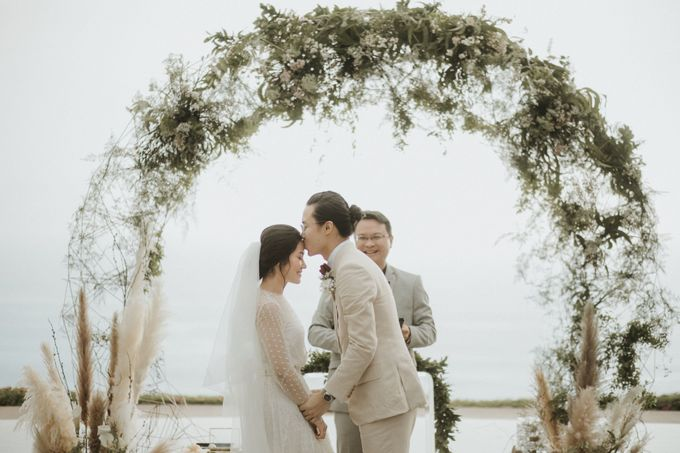 Chris & Calista Real Wedding at The Stone House by Tirtha by Tirtha Bridal - 027