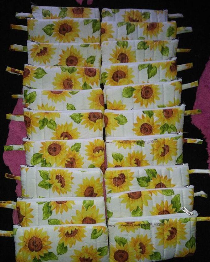 Pouch Katun 18x10cm With Mini Paper Bag by Rumah Souvenir - 008