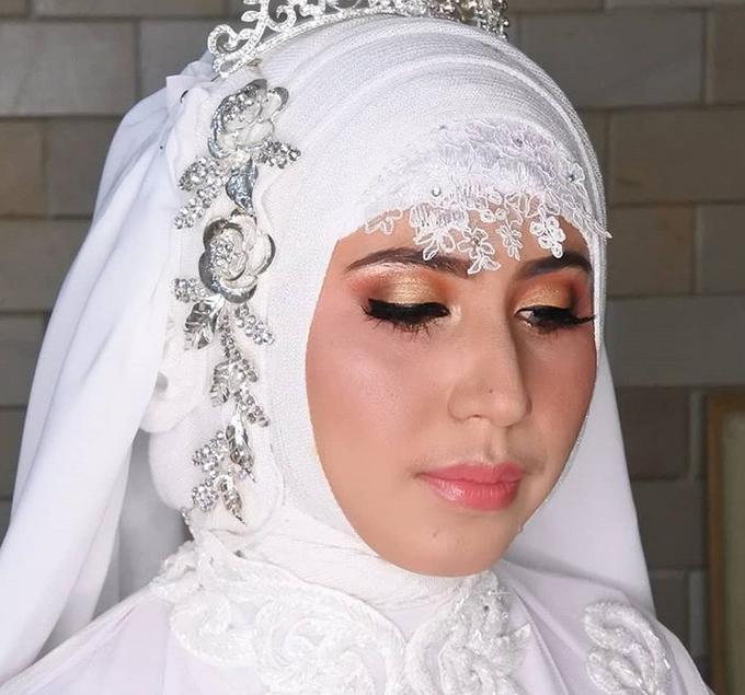 Wedding Make Up by Make Up by Mutiara Fallahdani - 008
