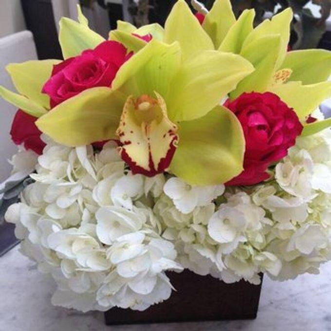 Bouquets, Corsages & Boutonnieres by Dorcas Floral - 013