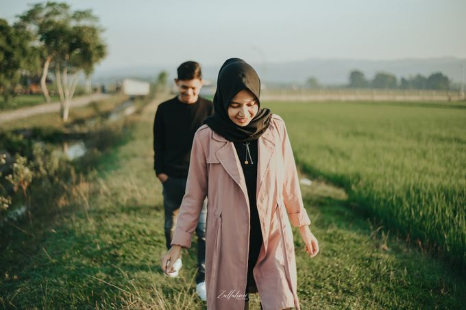 Prewedding by Zulfahmi Wedding Portrait - 010