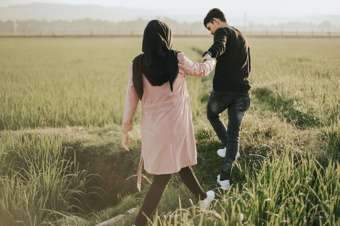 Prewedding by Zulfahmi Wedding Portrait - 011