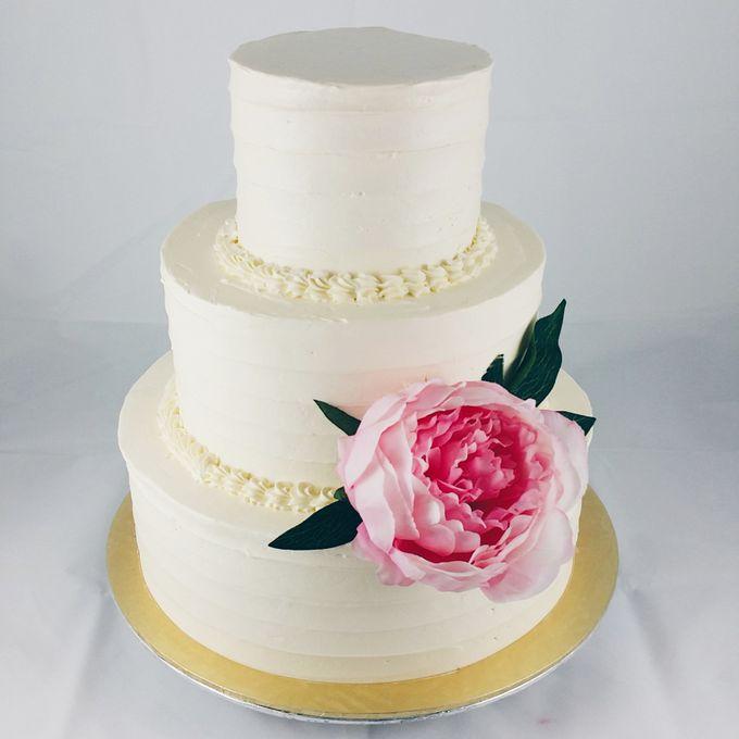 Floral Botanical Wedding Cake by Orange Maple Bakery - 003
