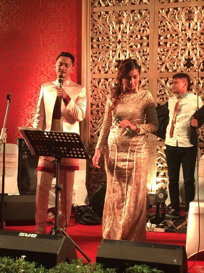 Wedding Reception By Rina Gunawan WO by Chanzy Fauzi MC - 006