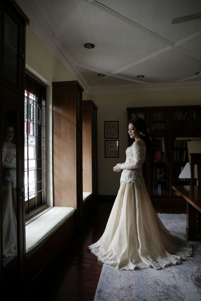 The Wedding Of Ajeng + Dedy by Wong Akbar Photography - 007