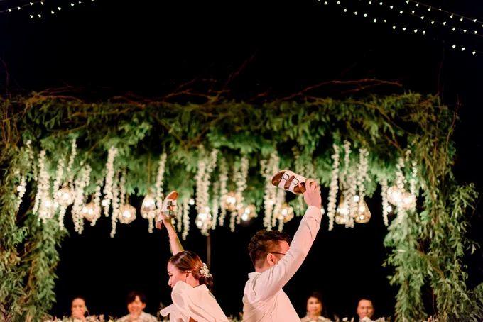 White Beauty Wedding theme by THE UNGASAN CLIFFTOP RESORT BALI - 011