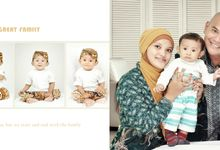 Family Potrait by GRAINIC Creative Studio