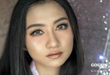 Engagement Make-Up by Gogein Beauty