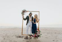 Beautiful Bali Multi-cultural wedding with beautiful sunset by Varawedding