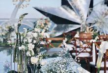 St. Regis Beach Wedding Decoration by Bali Wedding Service
