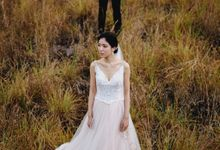 Diana and Ben Couple Session in Bali by Terralogical