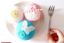 Cupcakes by Cupcake&Co