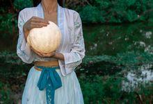 A Chinese Bridal - Hanfu by Vera Morgana