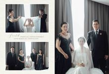 Hold my hand, my heart, and hold me forever ❤ by Gorgeous Bridal Jakarta