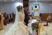 Ferdy & Yusinta by deVOWed Wedding & Event Planner