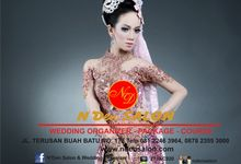 The Amazing of Baby Pink With Gold by N'Den Salon & Wedding Organizer