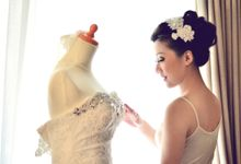 Tying The Knot by chloe florist