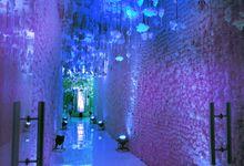 Beautiful Wedding Light of Richard & Julia by Etcetera Lighting