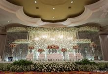 The Ritz Carlton Grand Ballroom 2017 11 19 by White Pearl Decoration