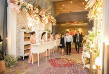 Receptionist Skenoo Hall by Skenoo Hall Emporium Pluit by IKK Wedding
