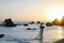Sunset Elopement Inspiration on Malibu Coast by Honour and Blessing Events