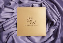 GOLD ON GOLD ACRYLIC INVITATION by Invitation by Pipin