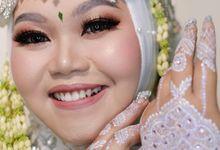 Sunda Siger Hijab by Shine Bridal & Photography