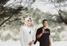 Courtesy of Wahyu & Ozi Prewedding by VMP Creative