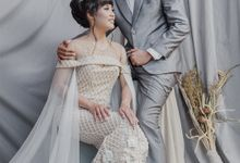 Sofie & Fikar Prewedding Studio session by Goodside Project