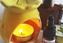 Bee Theme Oil Burner by AGGA candle