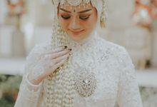 Pernikahan Adat sunda Internasional? by Arpictura