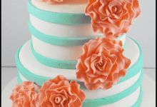 Wedding Cakes by The Cupcake Theory