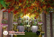 Tema Jawa Berhiasi Taman by Watie Iskandar Wedding Decoration & Organizer