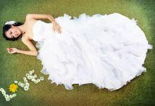 Pre-Wedding Bride in Studio by Aurora Studio