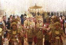Puri & Lita by One Heart Wedding