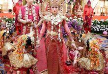 Tarian Palembang by Watie Iskandar Wedding Decoration & Organizer