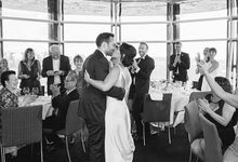 stylish waterside wedding by Milk & Honey Photography