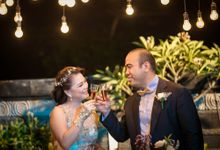 Beachfront Romantic Wedding by Ario Narendro Photoworks