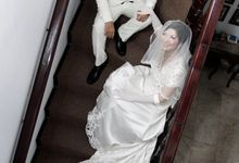 Sally & Teddy Wedding by photofoto Photography