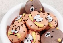 Cartoon Macarons by Amore Macarons