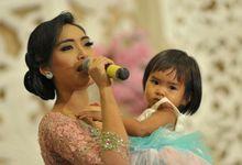 Rizqiani Putri Wedding & Gathering MC by Rizqiani Putri Wedding & Gathering MC